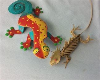 "Lizards. Metal Lizard Art, 9"" L."