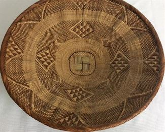 """Basket 15"""" diameter."""