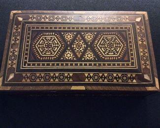 "Wood Inlay Jewery Box, 8 3/4"" W x 2 1/4"" H x 5"" D."