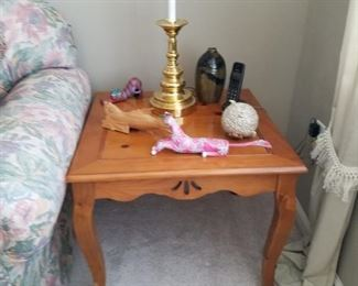 pine end table $20