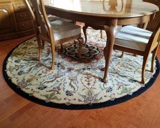 Kaleen round rug $150