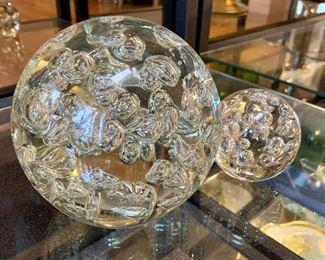 Decorative glass spheres