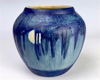 Newcomb College Scenic Vase, Moon, Smith