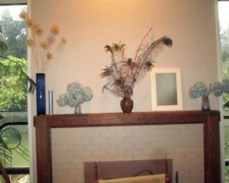 Living Room:  Vases, Plant