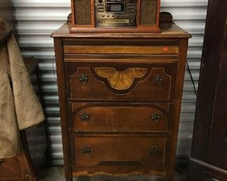 New Production radio/record player, Chest of Drawers