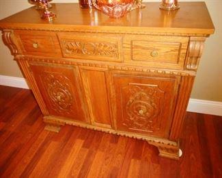 Gorgeous!! Antique Hand Carved Oak Side Board