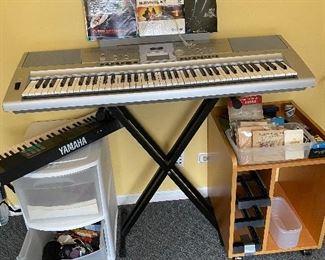 Yamaha Electric Keyboard on Stand Portable Grand