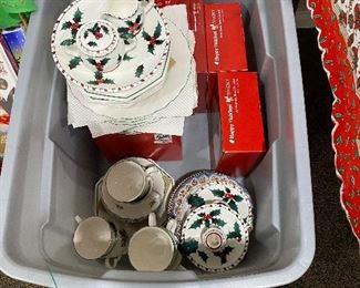Nikko Christmas Dinnerware