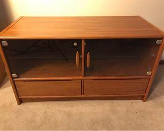 002lr Teak Stereo Cabinet