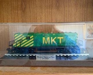 Missouri, Kansas and Texas GP-7 Diesel engine in plexiglass display Lionel