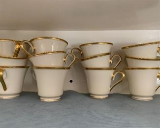 Lenox cups