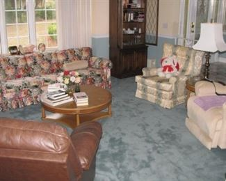 Vintage living room, power lift recliner, electric leather recliner.