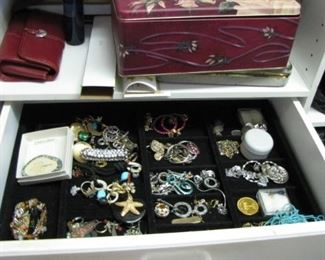 Large selection of vintage costume jewelry, still sorting :)