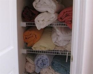TONS of linens, towels and more.