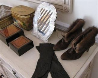 Mink lined, suede shoes / boots