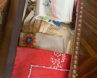Vintage table linen and placemats