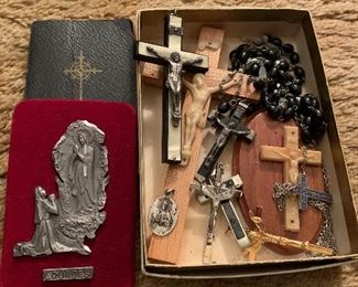 Crucifixes, rosaries and other religious items