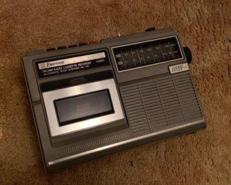 Emerson am fm radio and cassette recorder