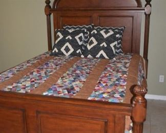 LOVELY QUEEN BED WITH COORDINATING CHEST