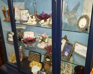 A wonderful collection of some VTG and antique pieces.  There is a great collection of VTG beaded purses, embroidered, stoned and leather items. MCM art glass, porcelain and others.