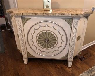 Console table/entry table