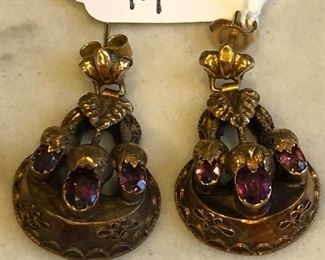 14 K GOLD AND AMETHYST EARINGS