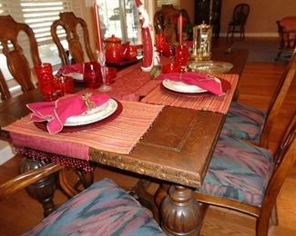 vintage dining table w/6 chairs, ready for Christmas