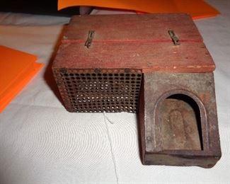 vintage wooden mouse trap