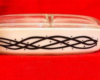 Barb wire pattern vintage pyrex