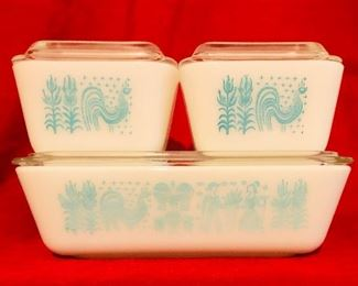 Vintage turquoise blue rooster Amish Pyrex covered refrigerator dishes