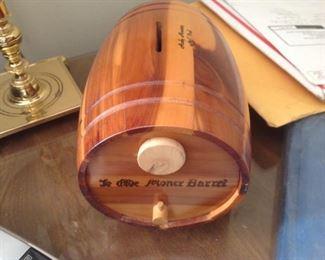 Wood Barrel Bank