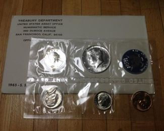 Newly Added for SATURDAY ONLY * U.S MINT SETS !!