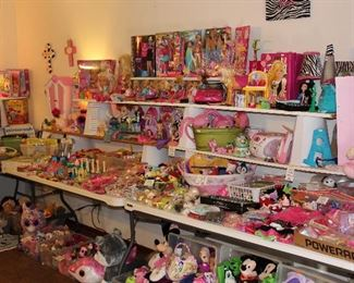Mountains of amazing girls toys and decor