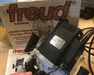frued Industrial FT2000E Variable Speed Plunge Router