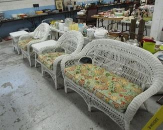 WICKER PATIO FURNITURE, LOVESEAT CHAIRS AND TABLES