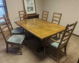 $150  Oak table with leaves and 6 chairs