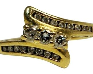 10. 14KT Yellow Gold 12CT Diamond Ring