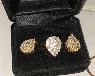 BEAUTIFUL 14k diamond ring and earring set