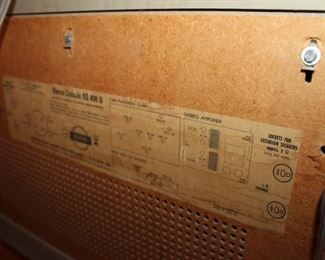 Grundig KS490U, powers up but needs repair
