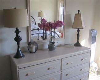 DRESSER WITH MIRROR, PAIR OF LAMPS