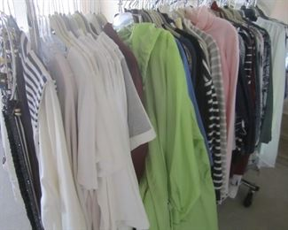 CLOTHING FOR WOMEN LARGE AND XL