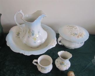 PITCHER AND BOWL SET