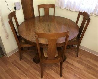 344 Kitchen Table min