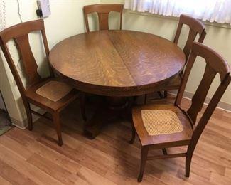 344 Oak Kitchen Tablemin