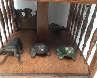 Hubley cast iron frogs