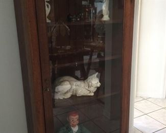 Another beautiful display cabinet