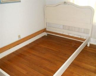 Antique shabby chic full bed
