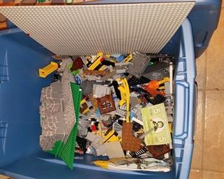 PLEASE NOTE - THE LEGOS HAVE BEEN REMOVED FROM THE SALE BY THE OWNER
