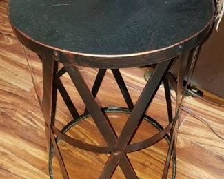 Set of two metal accent tables