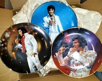 Remebering Elvis collector plates